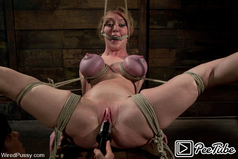 Donna Dolore Bondage